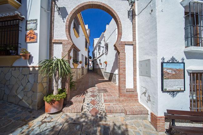 Arco de Comares - Andalucía Simple - La Axarquía Costa del Sol