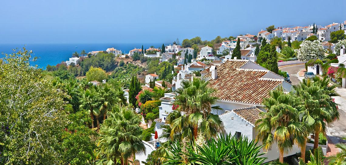 Nerja hacia el Mediterráneo - Andalucía Simple