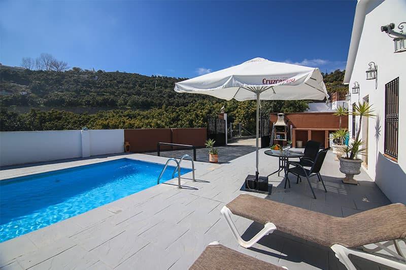 Villa minimalista en Frigiliana