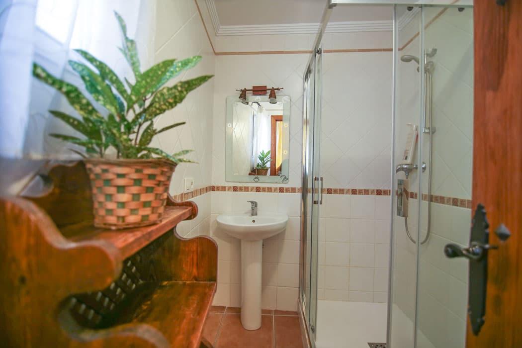 Villa con piscina en Maro, Villa with pool in Maro, Villa avec piscine à Maro, Villa mit Pool in Maro